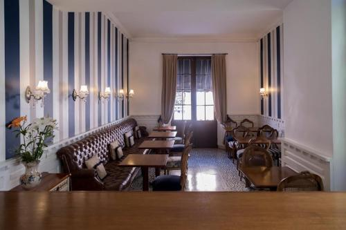 A restaurant or other place to eat at Villa Vicuña Hotel Boutique
