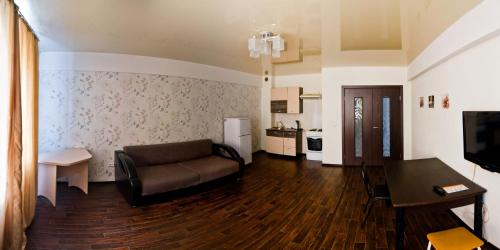 Гостиная зона в Апартаменты Байкал