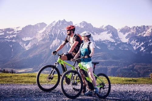 Biking at or in the surroundings of Tirol Lodge