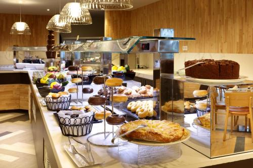 Nourriture dans le complexe hôtelier ou à proximité