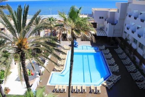 Uitzicht op het zwembad bij Sousse City & Beach Hotel of in de buurt