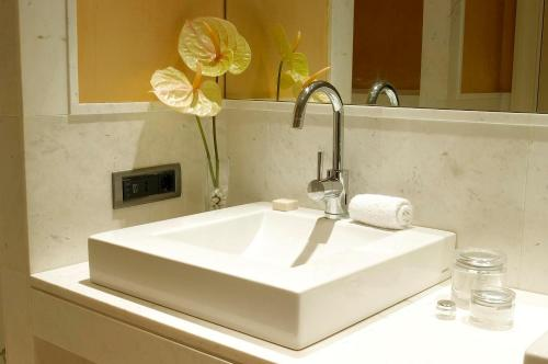 A bathroom at Hotel Blancafort Spa Termal