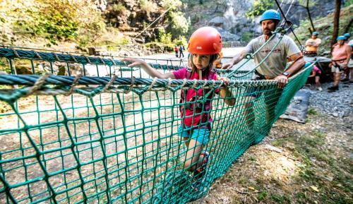 Children staying at Hotel Aquatel