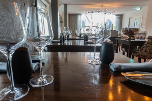 Een restaurant of ander eetgelegenheid bij Hotel Brasserie Rebecca