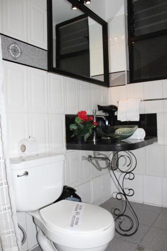 Ein Badezimmer in der Unterkunft Tika Wasi Casa Boutique