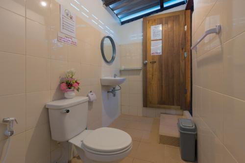 Ein Badezimmer in der Unterkunft Family Song Koh Lipe