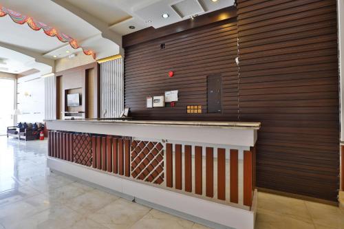منطقة الاستقبال أو اللوبي في قصر اليمامة للاجنحة الفندقية-فرع الحزم