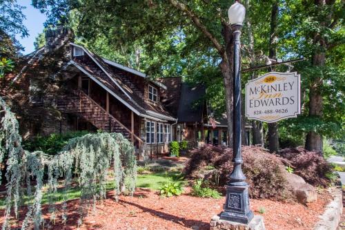 McKinley Edwards Inn