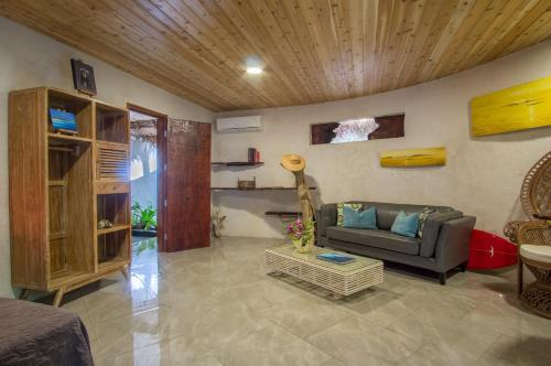 O saguão ou recepção de Ninamu Resort