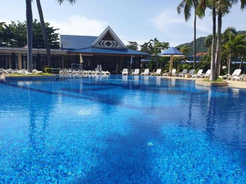 The swimming pool at or close to Andaman Lanta Resort - SHA Plus