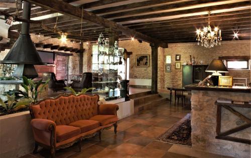Salon ou bar de l'établissement Domaine de Vareilles