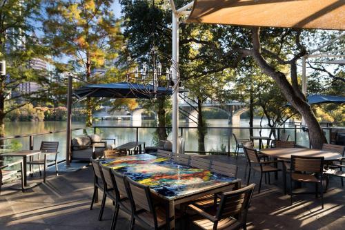 Restoran ili neka druga zalogajnica u objektu Hyatt Regency Austin