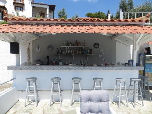 Ο χώρος του lounge ή του μπαρ στο Ποσειδών