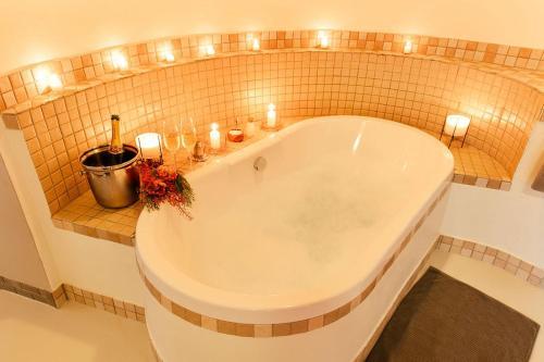 Salle de bains dans l'établissement Tambuti Lodge