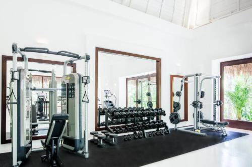 The fitness center and/or fitness facilities at Hotel Esencia