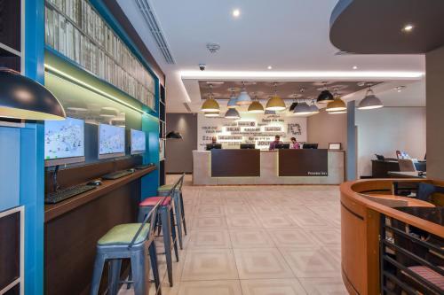 A kitchen or kitchenette at Premier Inn Dubai International Airport