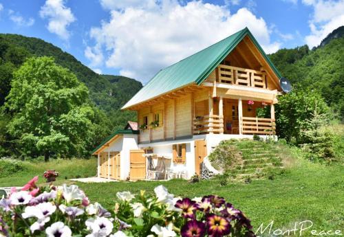 Mountain Lodge Mont Peace