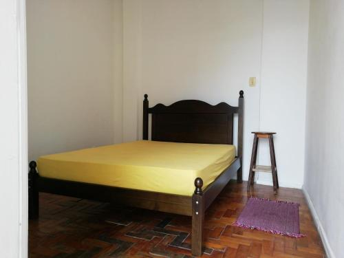 A bed or beds in a room at Living in the vibrant center of Salvador