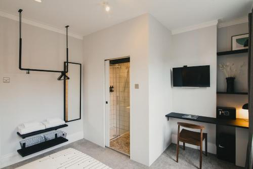 A television and/or entertainment center at D8 - Shoreditch