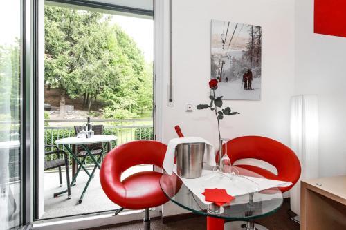 Ein Sitzbereich in der Unterkunft BEST WESTERN PLUS Aalener Römerhotel a.W.L.