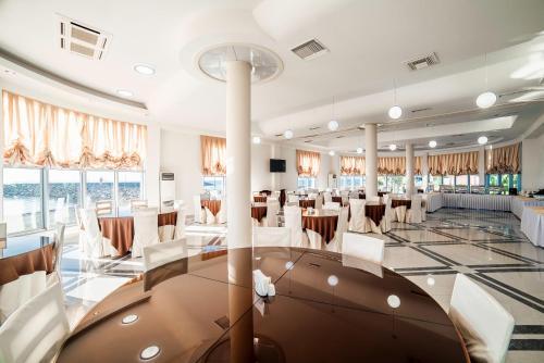 Фитнес-центр и/или тренажеры в Hotel Sanapiro
