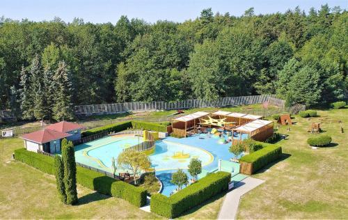 Вид на бассейн в Sport hotel Sletiště или окрестностях