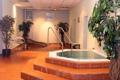 The swimming pool at or near Quality Hotel Dresden West