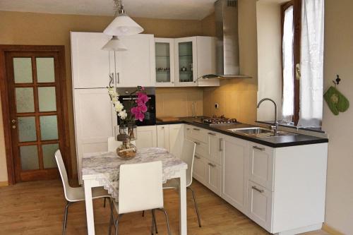 Cucina o angolo cottura di La Piccola Oasi Toscana