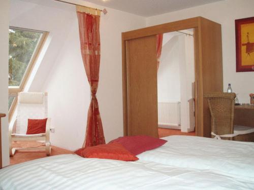 Ein Bett oder Betten in einem Zimmer der Unterkunft Landhaus Siebe