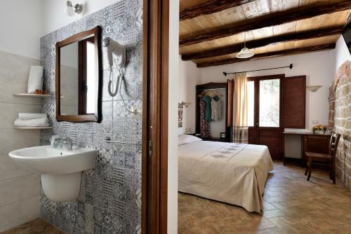 A bathroom at Hotel Goloritzé