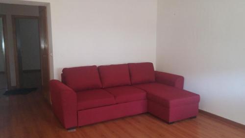 A seating area at Encarnação Metro 1/2