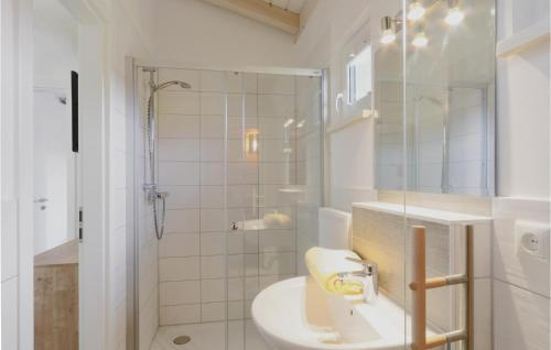 Ein Badezimmer in der Unterkunft Ferienhausdorf Thale