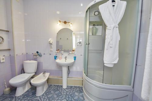 A bathroom at Hotel Anzas