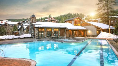 The swimming pool at or near Northstar Lodge by Welk Resorts
