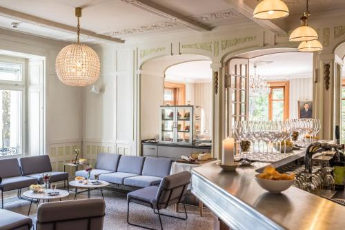 A restaurant or other place to eat at Hotel Beau Séjour Lucerne