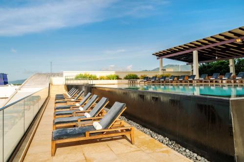 Der Swimmingpool an oder in der Nähe von Hyatt Regency Trinidad