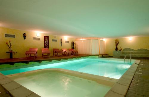 The swimming pool at or near Park Hotel Faver