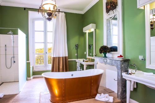A bathroom at Château de Rochegude - Relais & Châteaux