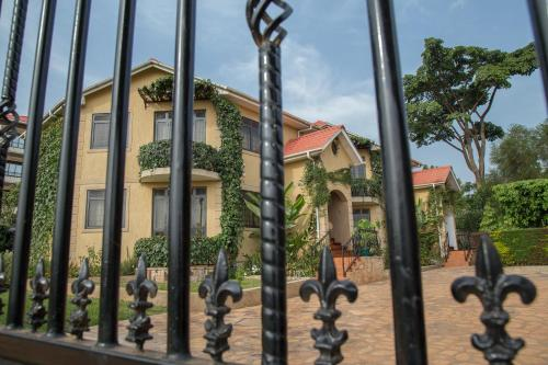 Villa Karibu Serviced Apartments-Kampala