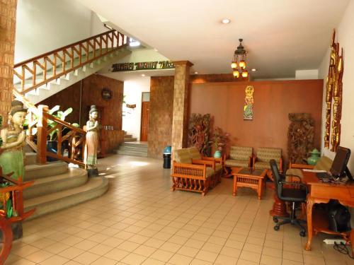 The lobby or reception area at Sirin Hotel Hua Hin