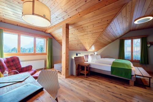 Кровать или кровати в номере Hotel National