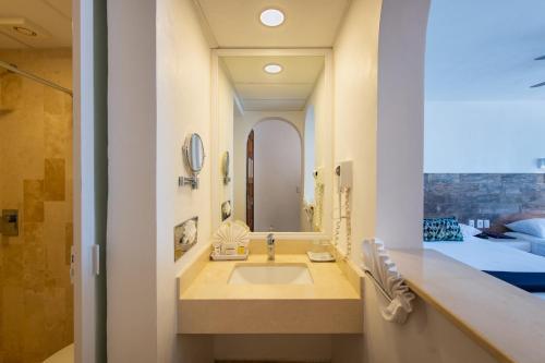 A bathroom at Hotel Villa Varadero