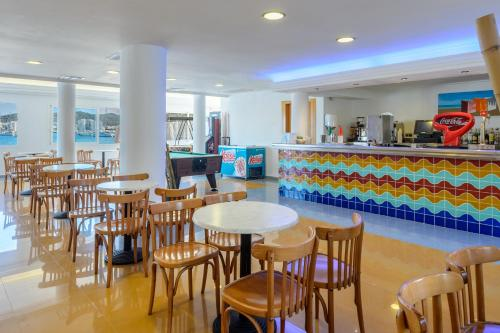 Salone o bar di Hotel Club s'Estanyol