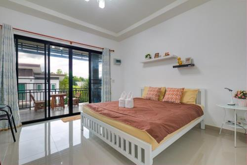 Кровать или кровати в номере Chill at Hill