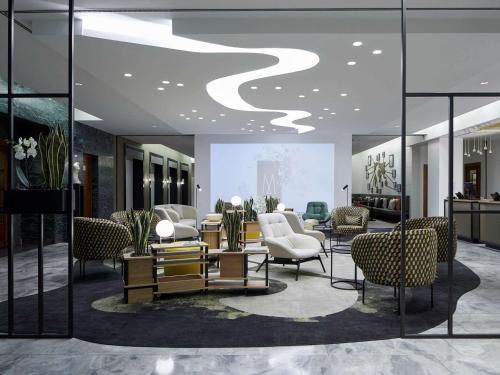 De lobby of receptie bij Hotel Mondial am Dom Cologne MGallery