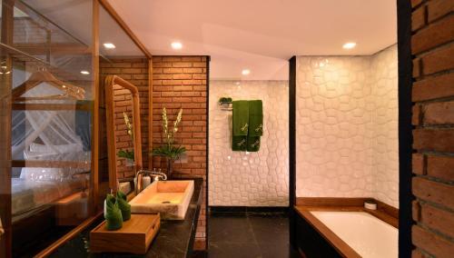 A bathroom at Chapung Sebali
