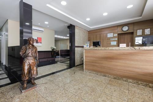 The lobby or reception area at Hotel Express Terminal Tur - Rodoviária Porto Alegre