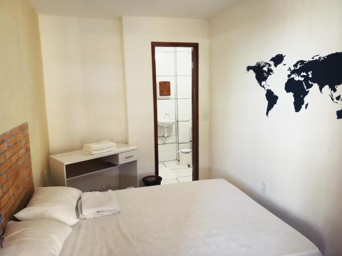 A bed or beds in a room at Casa do Mochileiro Airport Hostel