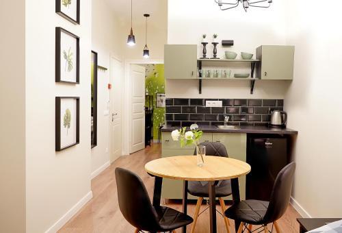 Кухня или мини-кухня в Апарт-отель S12
