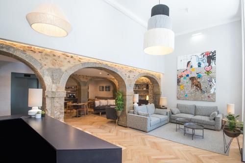 The lobby or reception area at Urbano FLH Hotels Lisboa